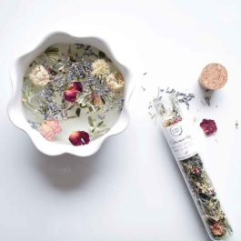 Bain vapeur visage, plantes médicinales – Les Simples de Charlotte